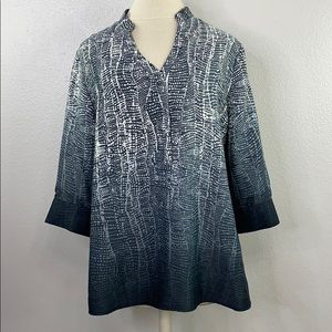 Soft surroundings gray blouse, size petite medium